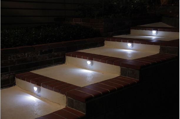 MIGHTY LIGHT As Seen TV Indoor Outdoor Motion Sensor